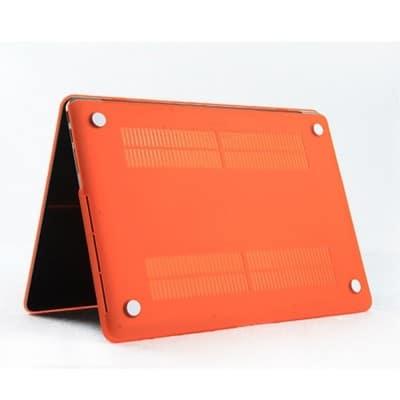 Coque de protection pour MacBook Pro Retina 13 Pouces A1502 et A1425 – Orange / McPrice Paris Trocadéro 1