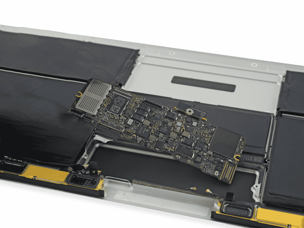 6.Remplacement Carte Mère MacBook | McPrice Paris Trocadéro